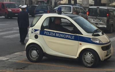 Photo 11 - Parking Italian Style