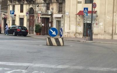 Photo 13 - Parking Italian Style